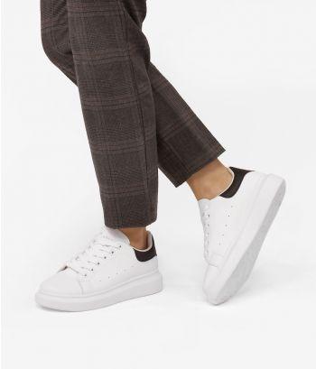 Zapatillas blancas cordones