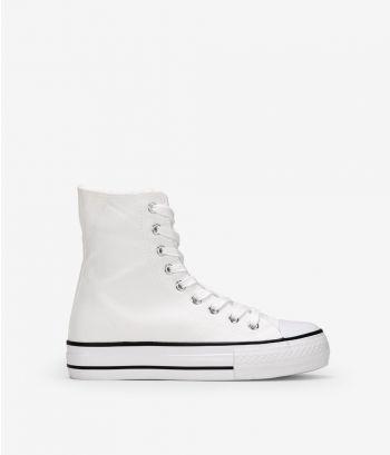 Zapatillas blancas con cordones