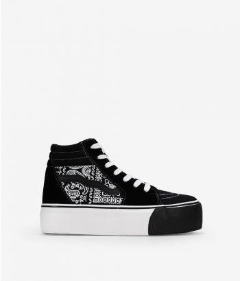 Baskets noires à lacets