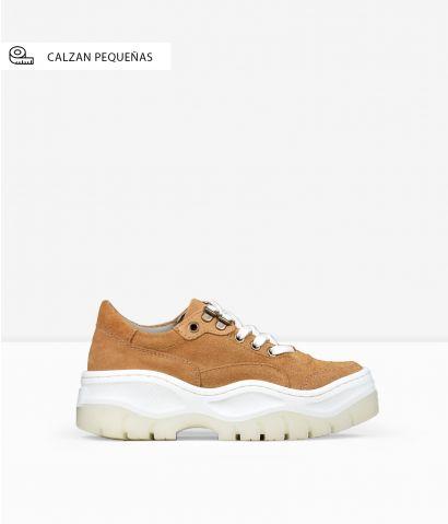 Zapatillas marrones piel