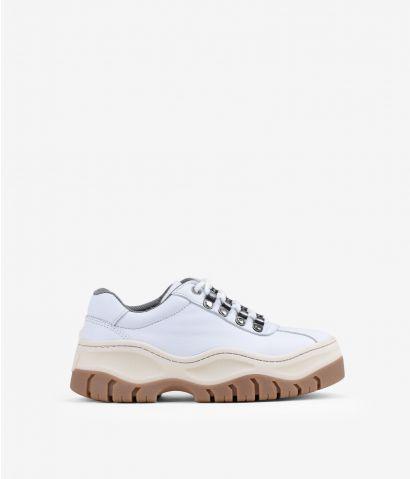 Zapatillas blancas en piel