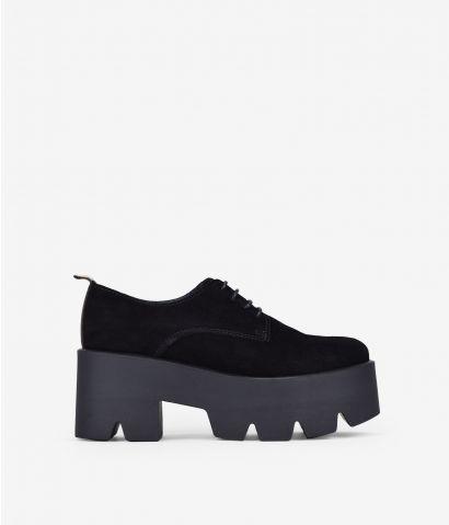Zapatos negros piel plataforma