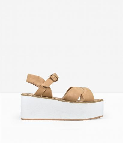 Sandalias marrones plataforma