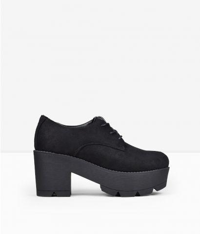 Zapatos negros plataforma