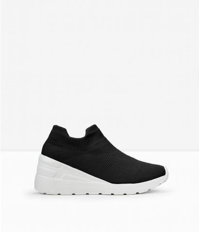 Zapatillas calcetín con cuña