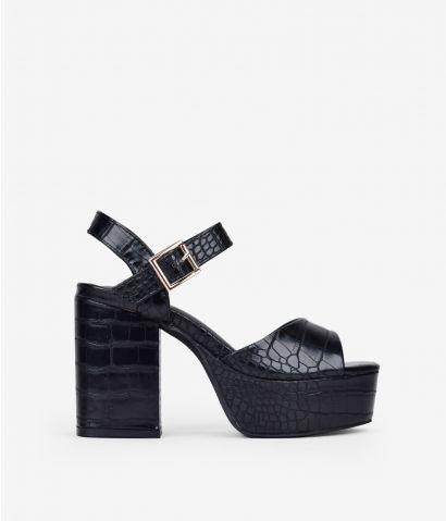Sandalia negra cocodrilo