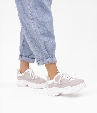 Zapatillas blancas con plataforma