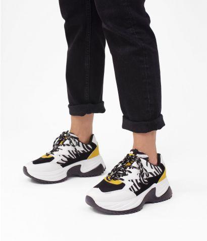 Zapatillas zebra con plataforma