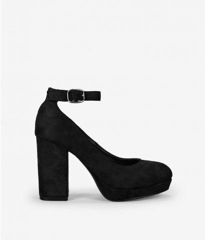 Zapato negro tacón alto
