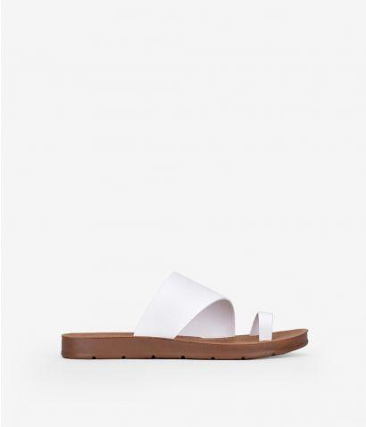 Sandalias planas dedo
